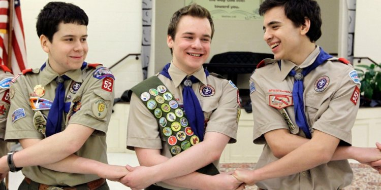 Gay Boy Scout achieves highest