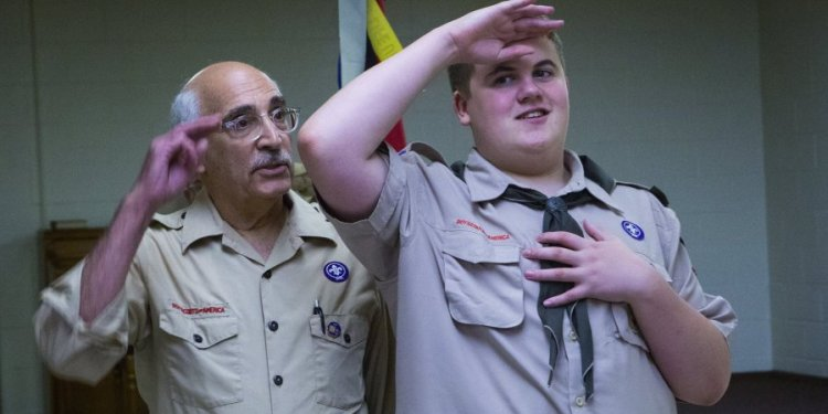 What is the Boy Scouts California pledge?